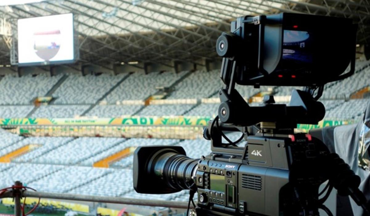 Uma boa solução para ver futebol sem despesas