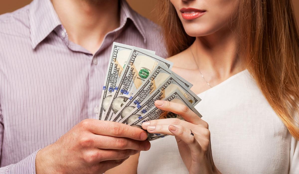 Mulheres, dinheiro e paixão: Equação possível?