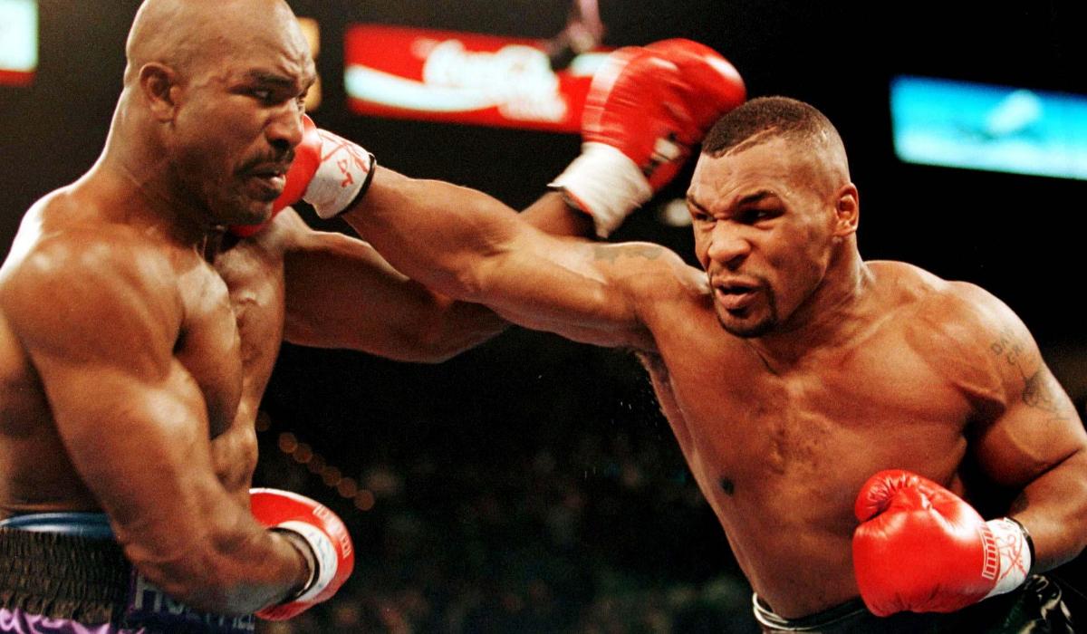 """Mike Tyson antevê batalha: """"McGregor vai morrer"""""""