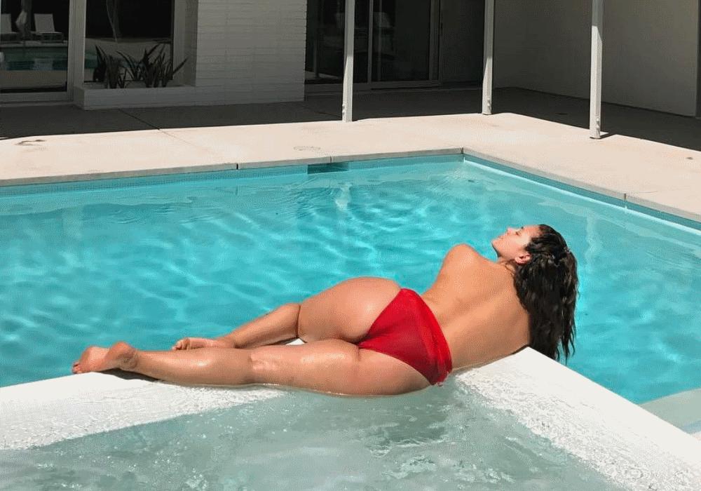 O único excesso de Ashley Graham é na sensualidade