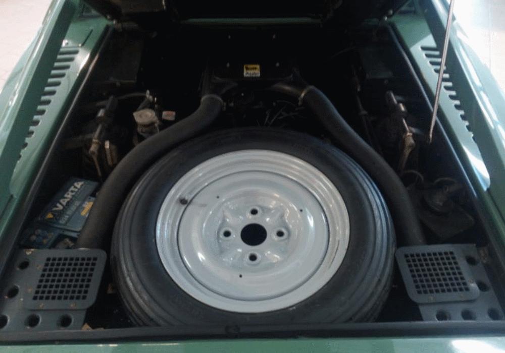 Maserati Merak 3000 de 1973 vai a leilão