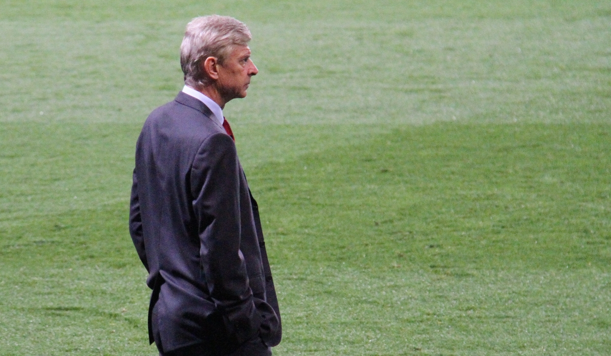 Fim da linha para Wenger? Críticas sobem de tom