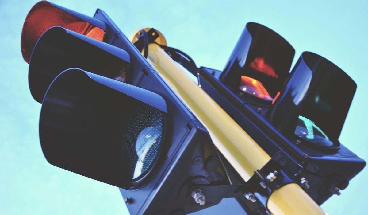 Insólito: Semáforo inventado antes do carro