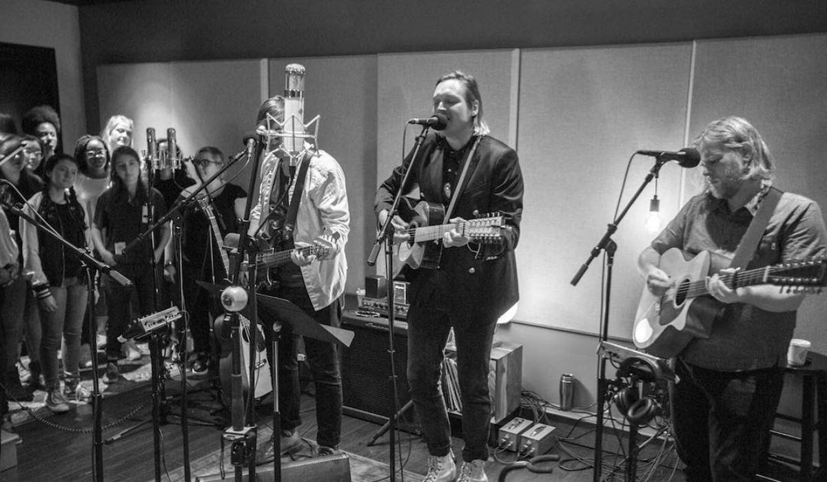 Arcade Fire gravam Mind Games de John Lennon