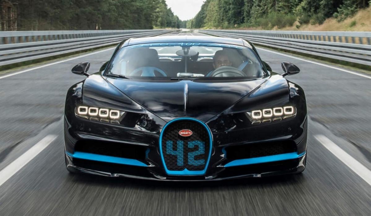 Bugatti de Ronaldo vai os 400km/h em 36 segundos