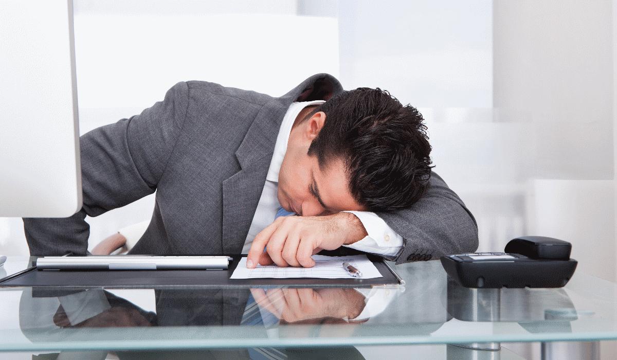 8 dicas para acabar com o sono no trabalho