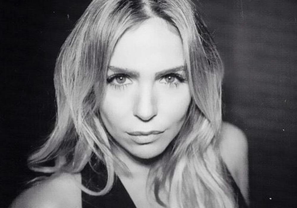 Impossível esquecer Sara Kostov