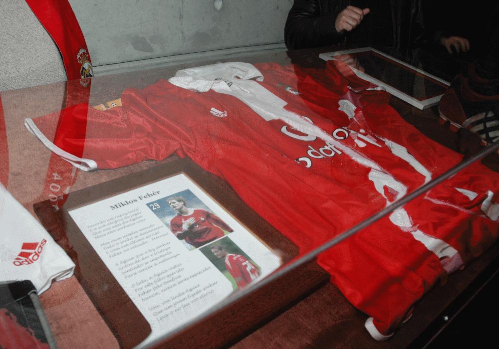 Passaram 14 anos desde a morte de Miki Fehér