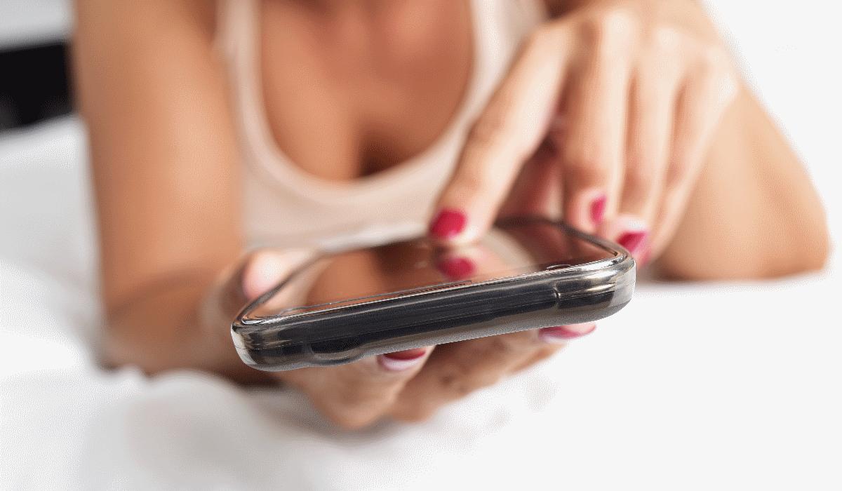 Siga estas 10 regras e passe a ter sucesso no sexting
