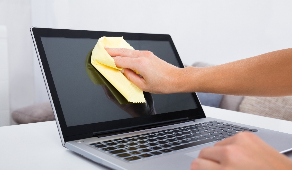 Como deves limpar corretamente os teus gadgets