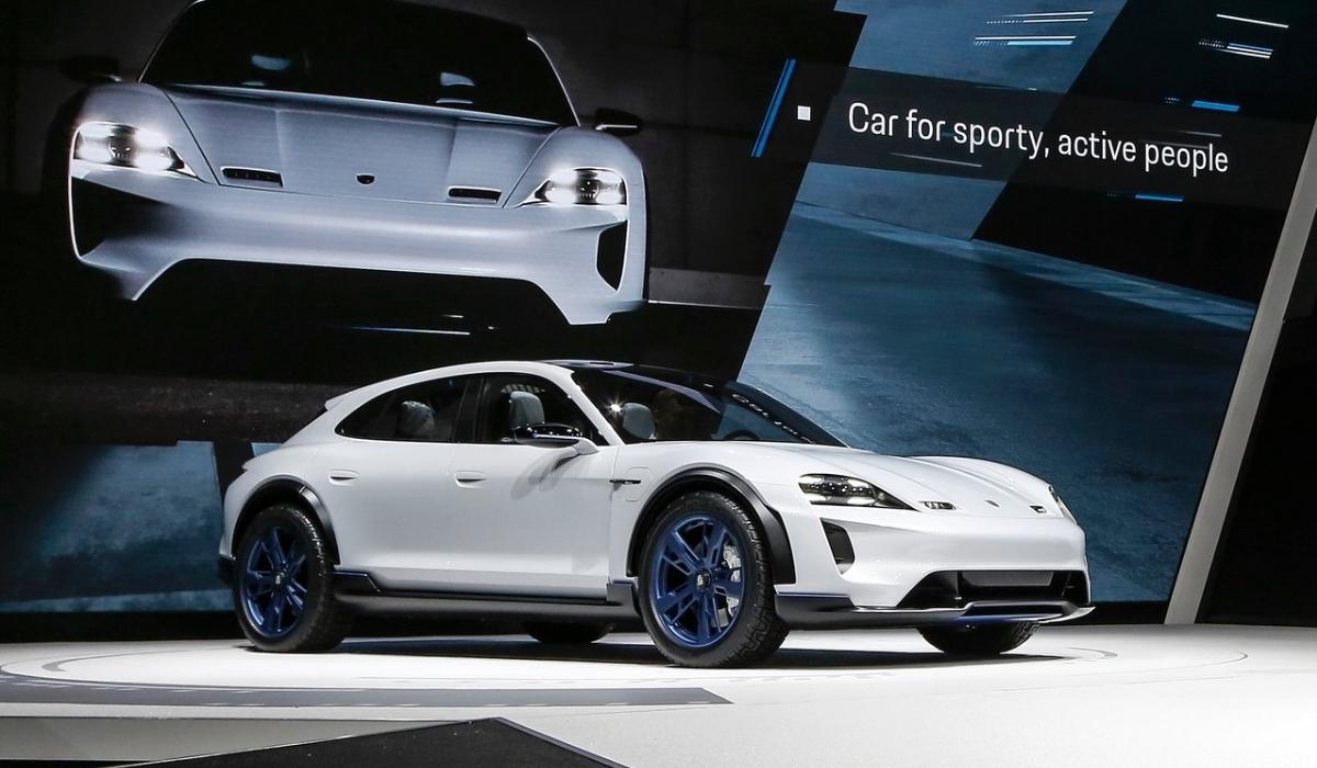 Porsche surpreende com protótipo