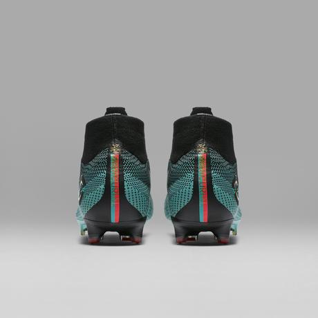Nike presta homenagem ao líder Cristiano Ronaldo