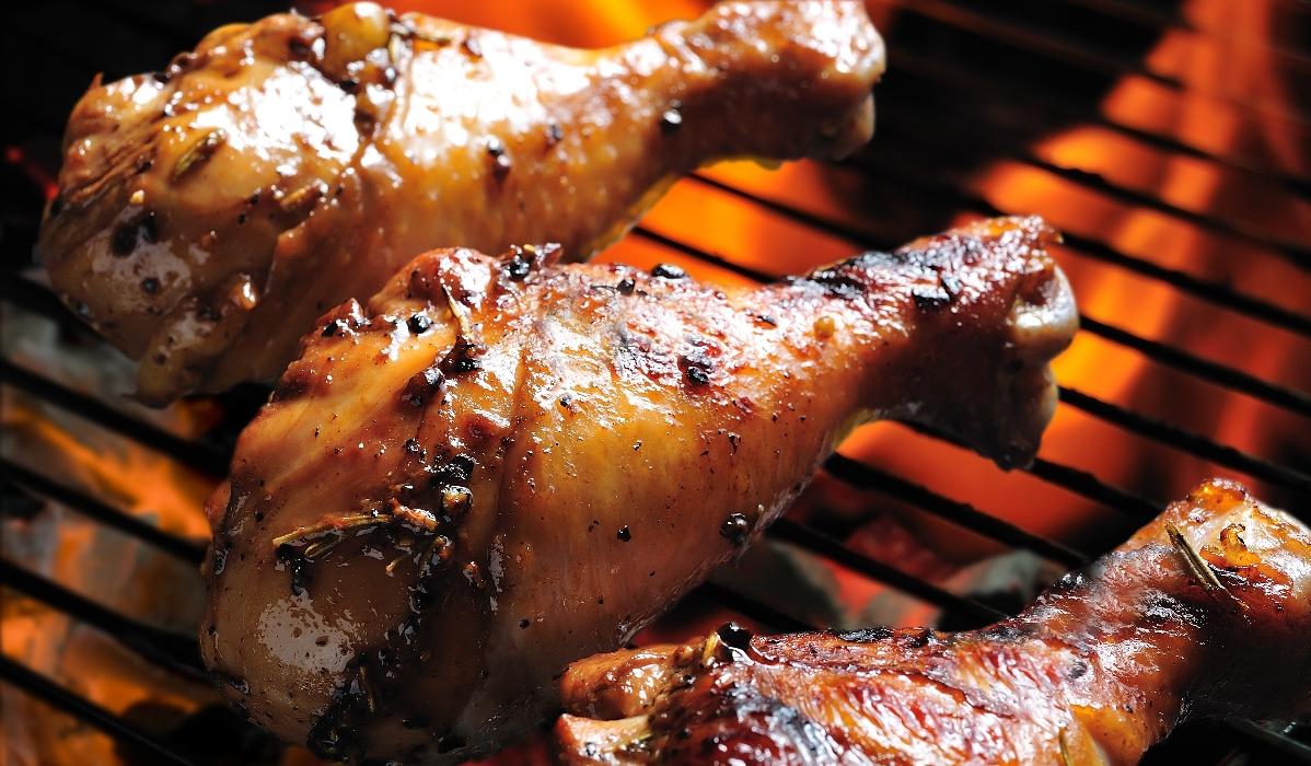 8 locais para comer frango no churrasco