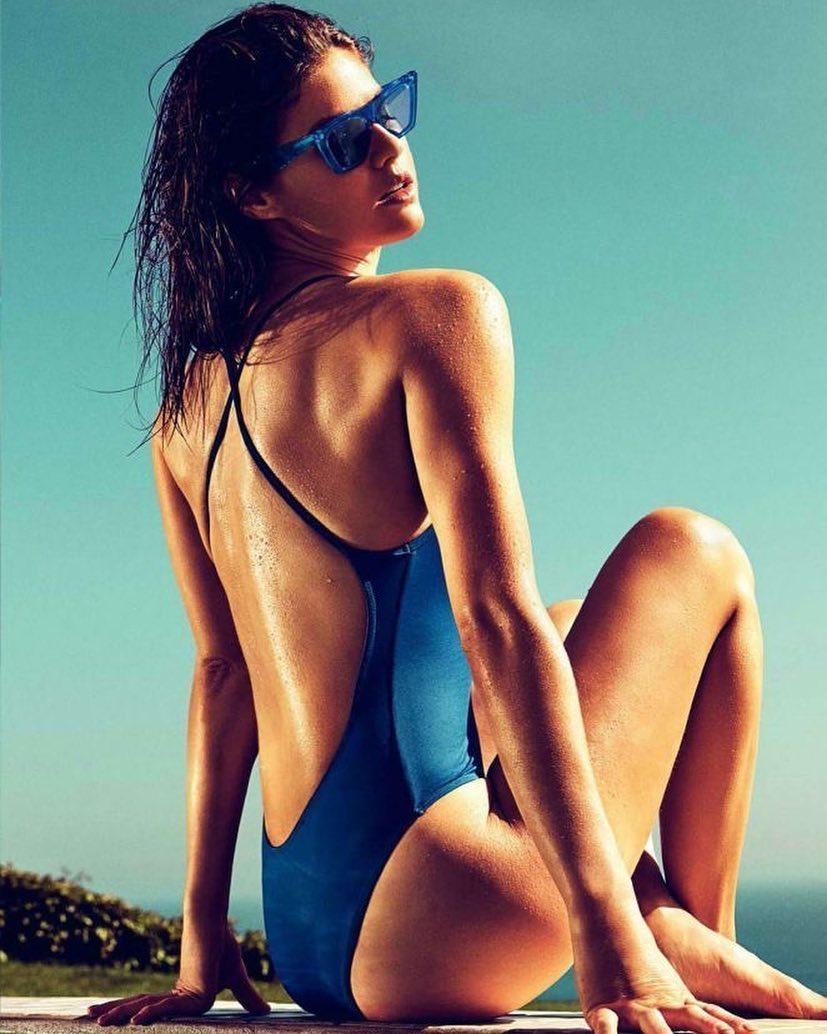 Alexandra Daddario, a nadadora salvadora que conquistou Zac Efron