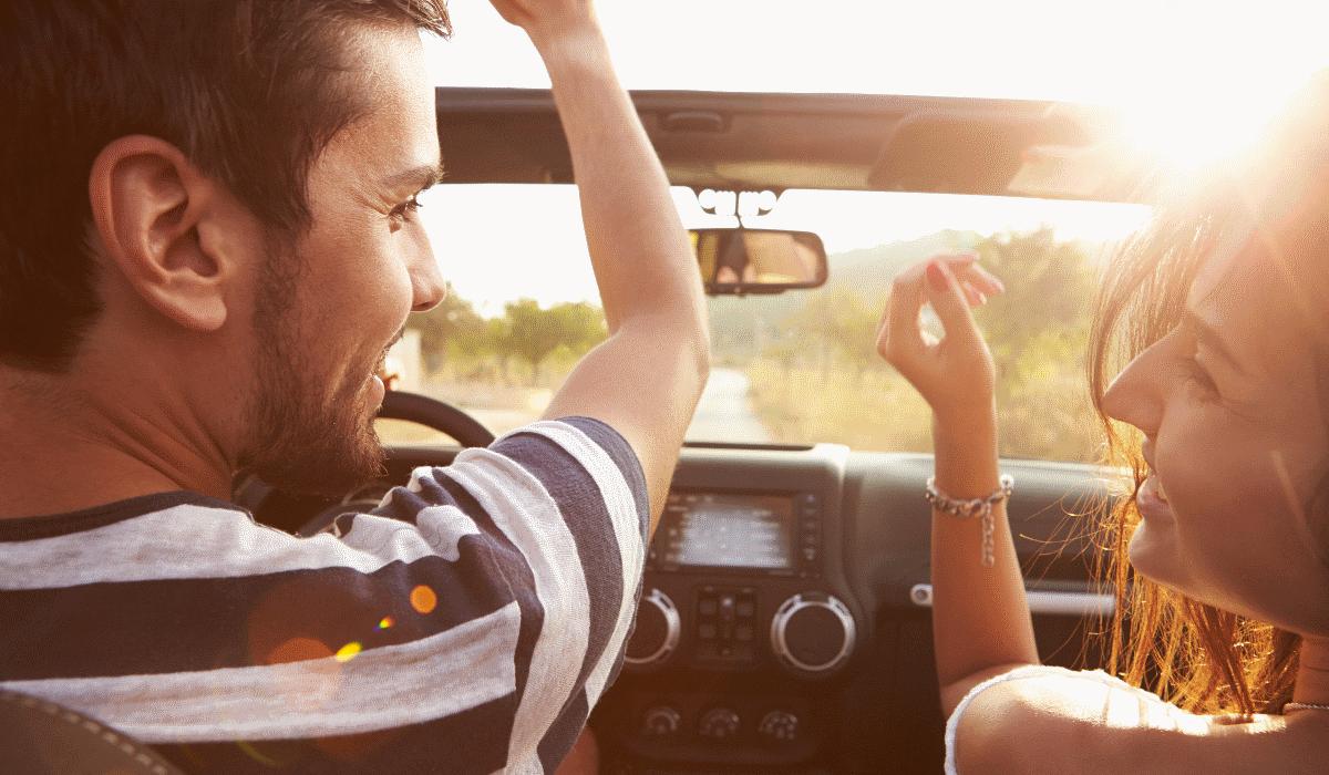 As 10 melhores músicas para cantar no carro