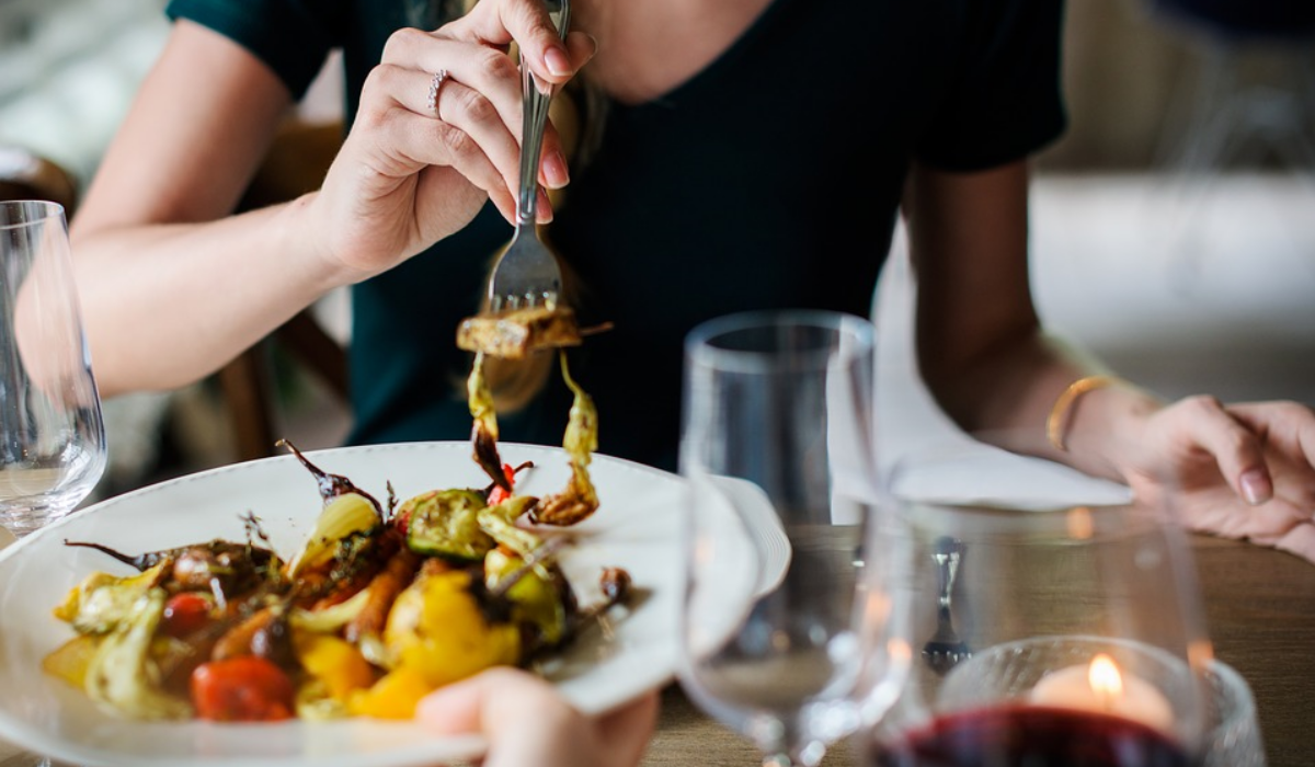 Esta startup portuguesa quer levá-lo a jantar a casa de desconhecidos