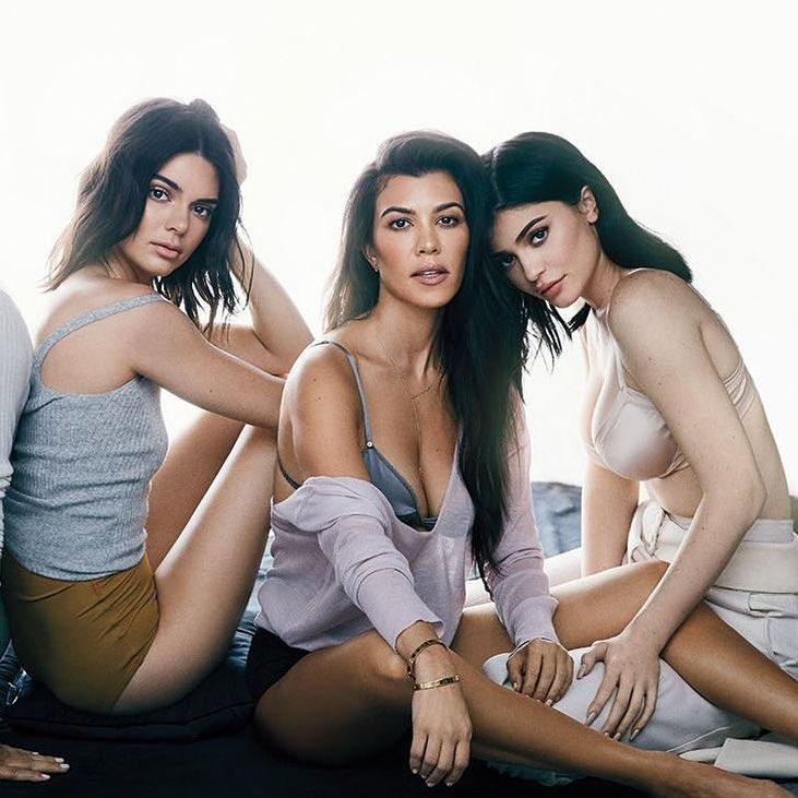 Kourtney Kardashian está na melhor forma física de sempre. E a nudez comprova-o