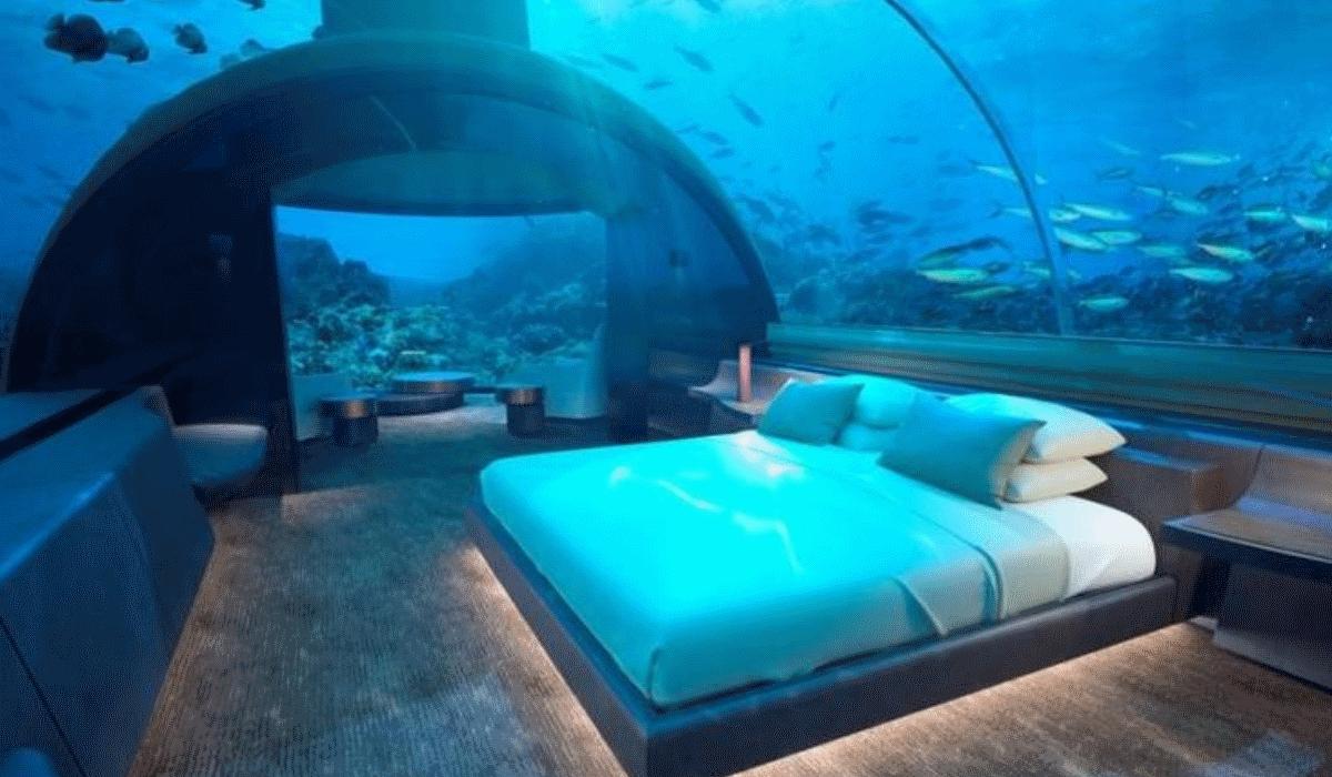 Nas Maldivas já é possível dormir debaixo de água