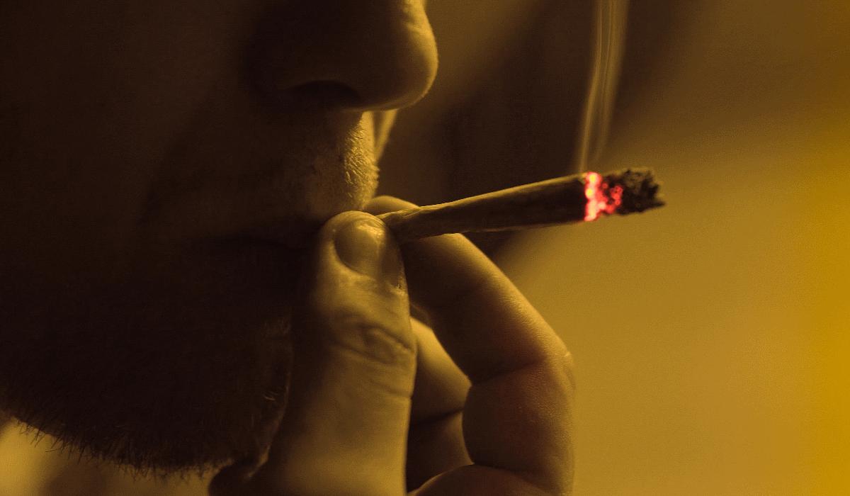 """Avery Collins, o atleta que tem """"alto"""" rendimento graças à marijuana"""