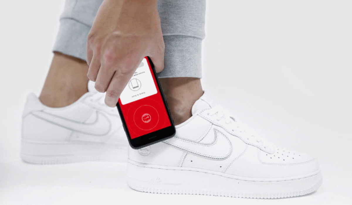 Nike lança ténis que se ligam à internet