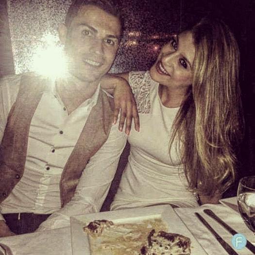 """Amal Saber garante que """"a primeira noite com Cristiano Ronaldo foi muito especial"""""""