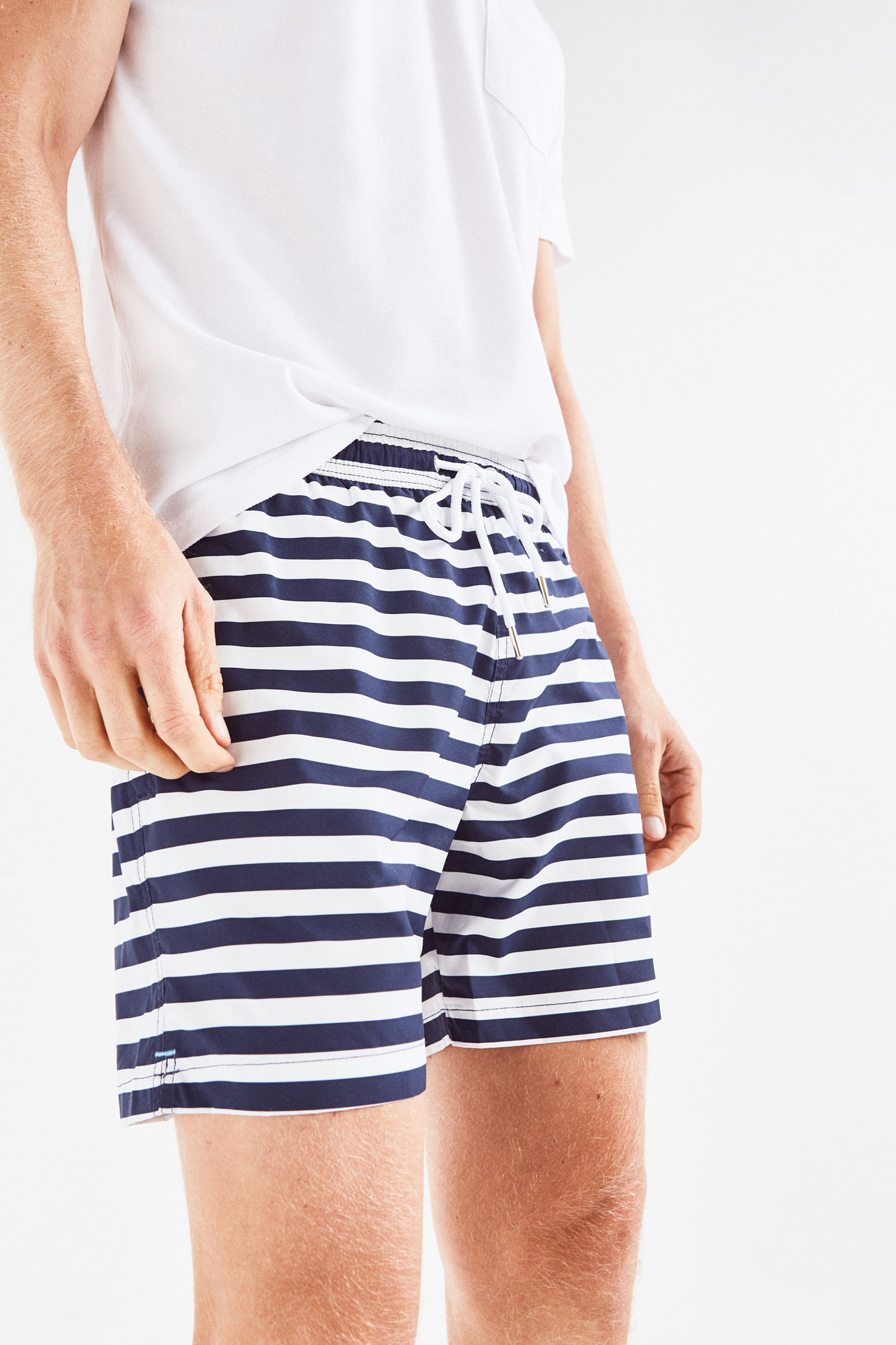 23 calções de banho que vão estar na moda neste verão