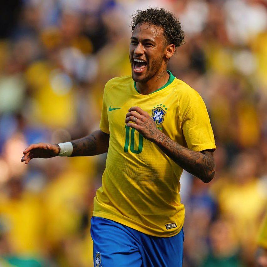 Dois portugueses entre os 23 jogadores mais bonitos do Mundial