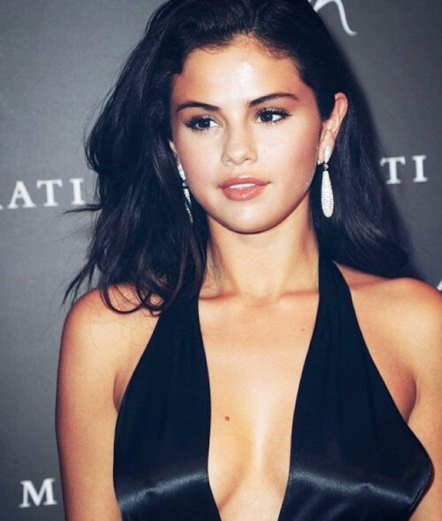 """Stefano Gabbana diz que Selena Gomez """"é muito feia"""""""