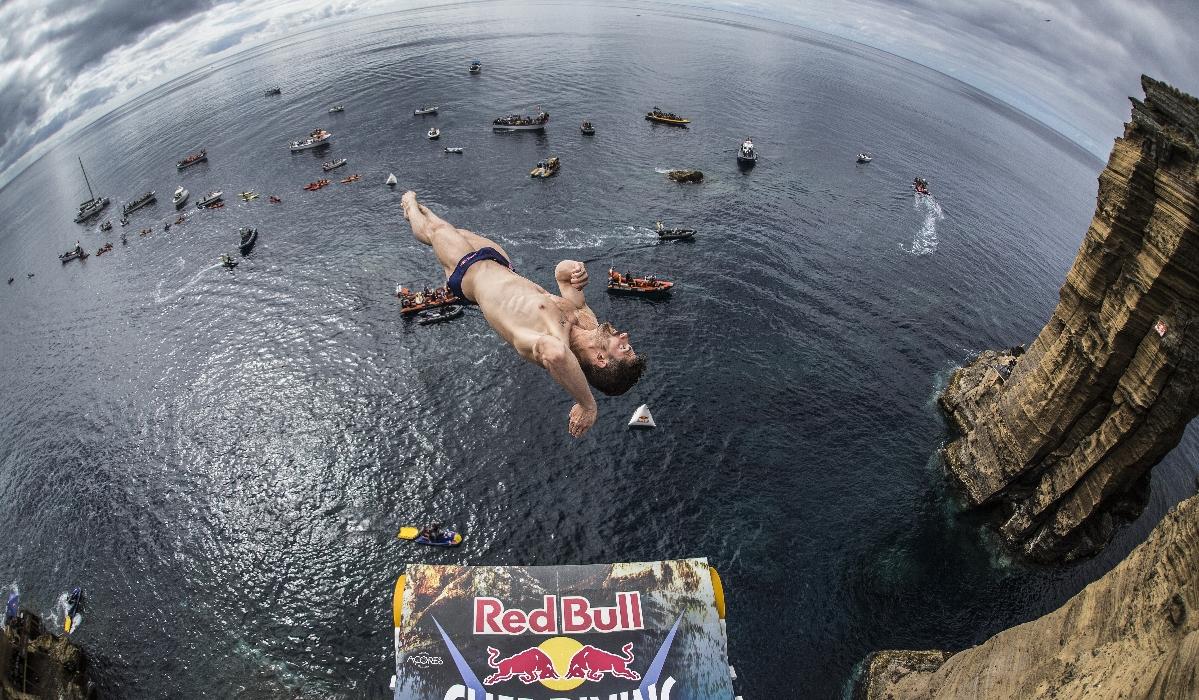 Red Bull invade Açores para mais uma etapa de Cliff Diving