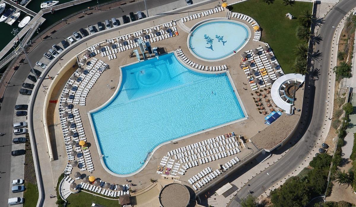 5 piscinas para toda a família na região de Lisboa e do Porto