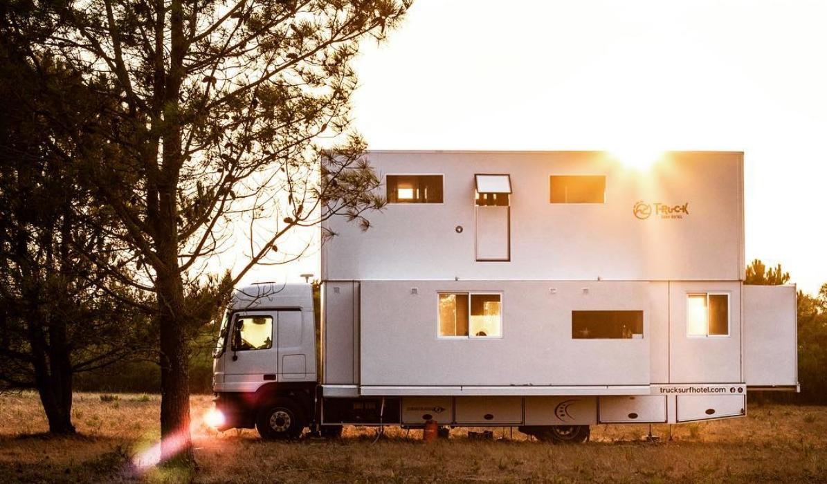 O camião português que é um hotel de sonho