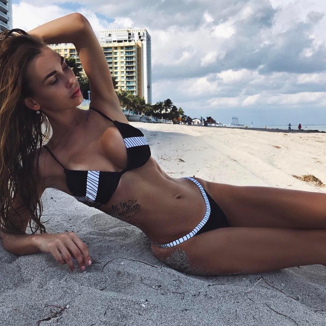 Lily Ermak, a russa que chutou Cristiano Ronaldo para canto
