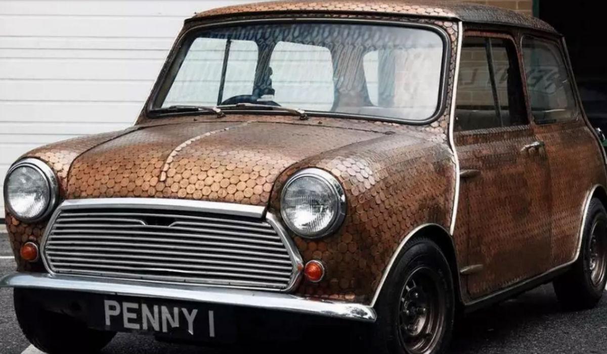 O Mini que brilhou ao serviço dos The Beatles pode agora ser seu
