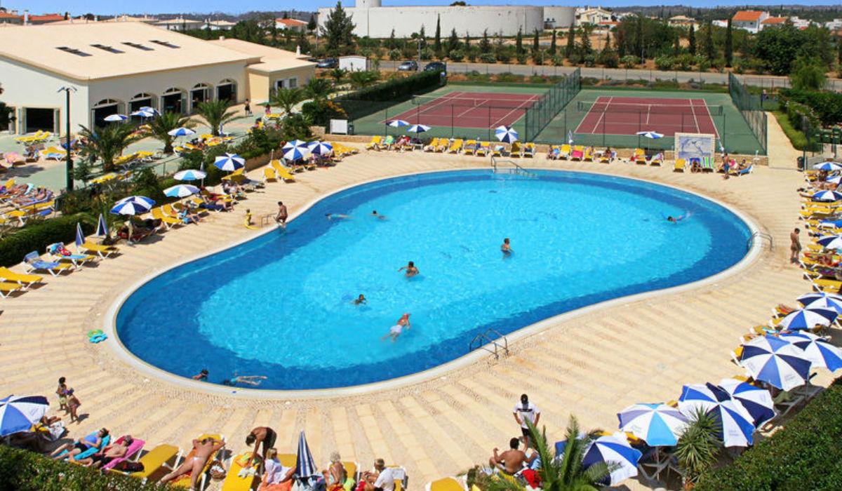 5 piscinas para enganar o calor no Alentejo