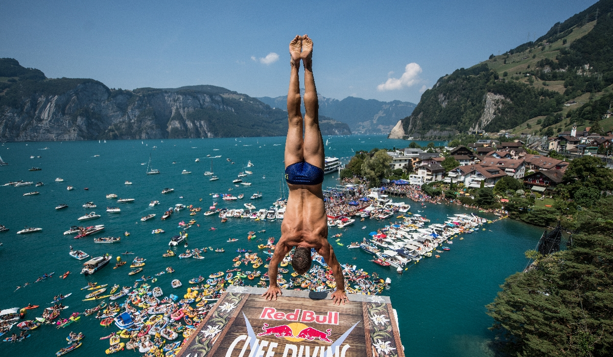 Regressam os Alpes e as vitórias de Hunt no Red Bull Cliff Diving