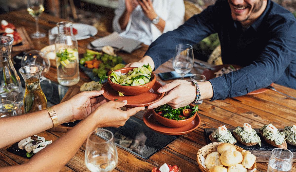 Homens não pedem pratos vegetarianos para masculinidade não ser questionada