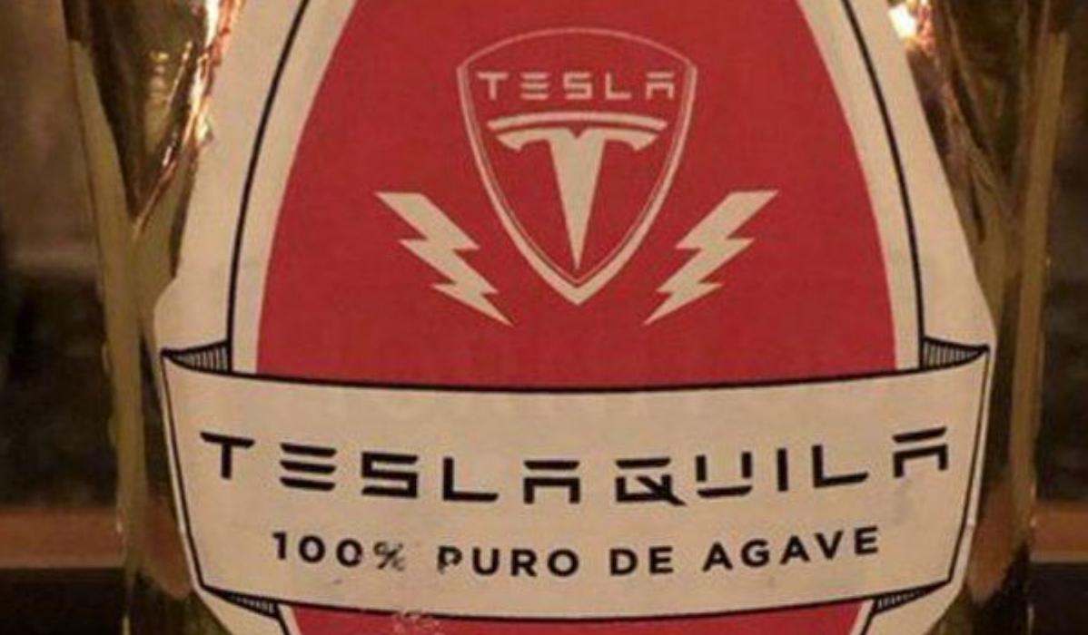 Tesla lança marca de tequilla