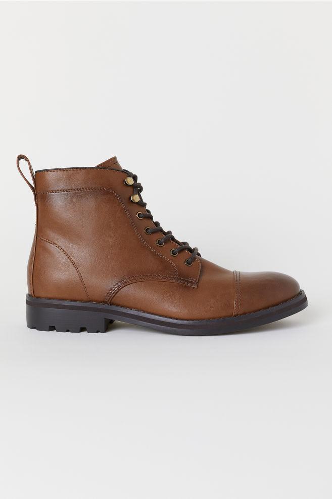10 botas para homem que custam menos de 60 euros