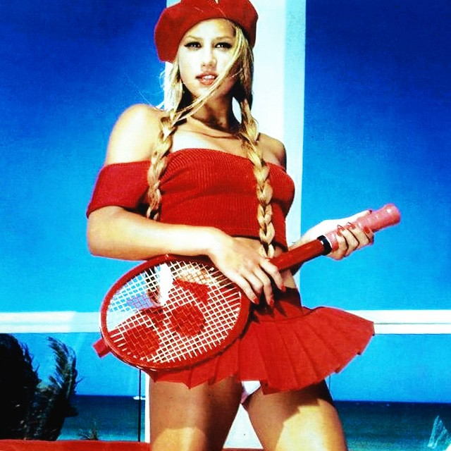 Anna Kournikova, a ex-tenista para quem o sexo é o café da manhã