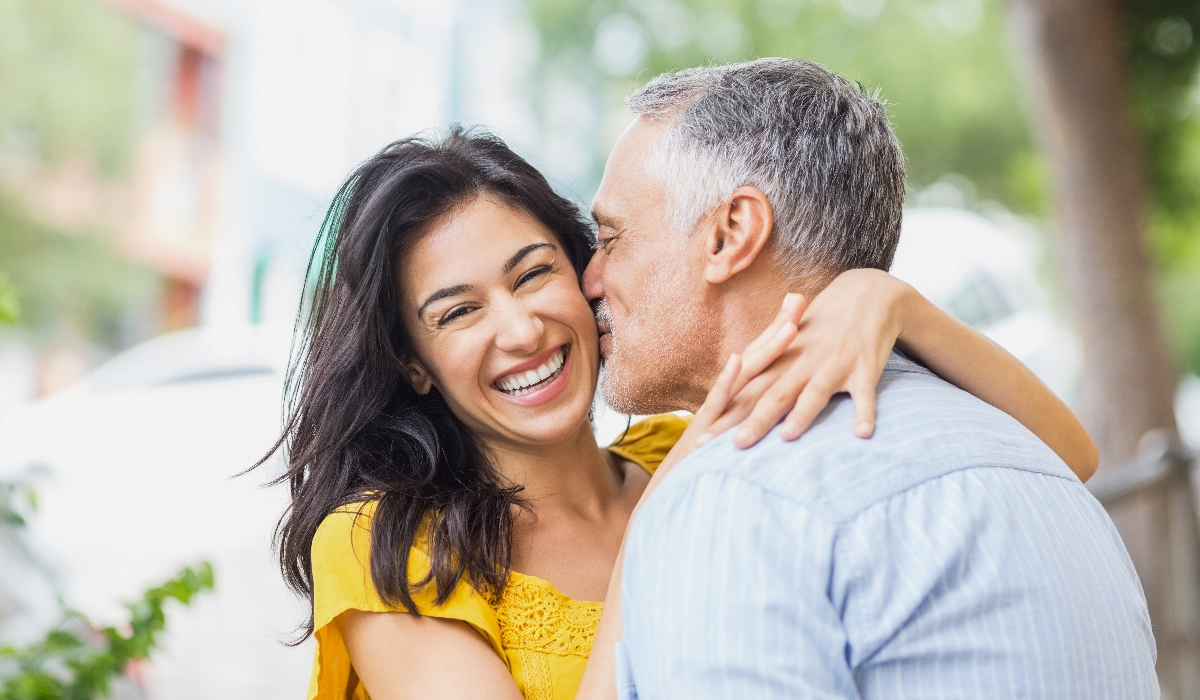 Diferença de idades pode levar casais ao divórcio, mas nem tudo é mau