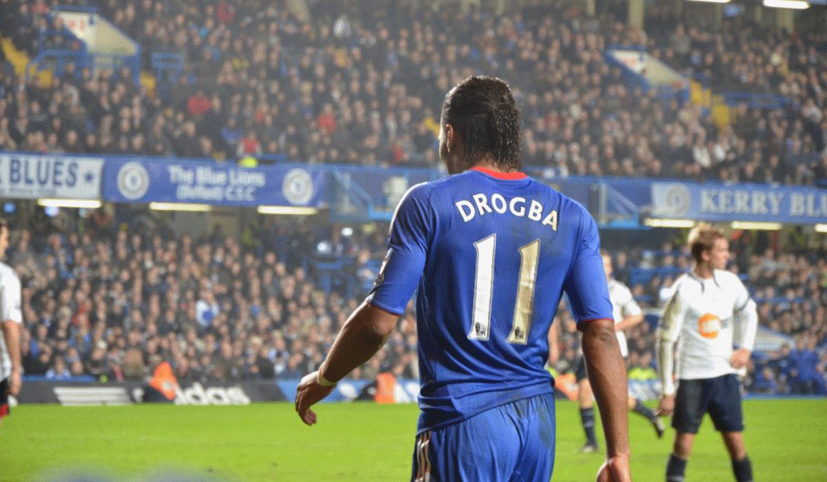 Didier Drogba pendura as chuteiras e estes são os 10 melhores golos do avançado
