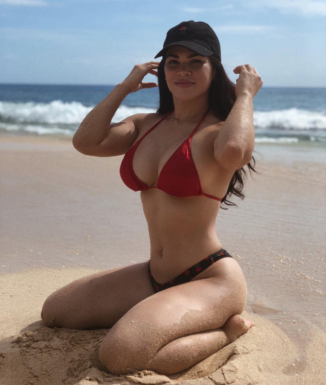 Rachael Ostovich, a lutadora de MMA de quem todos falam