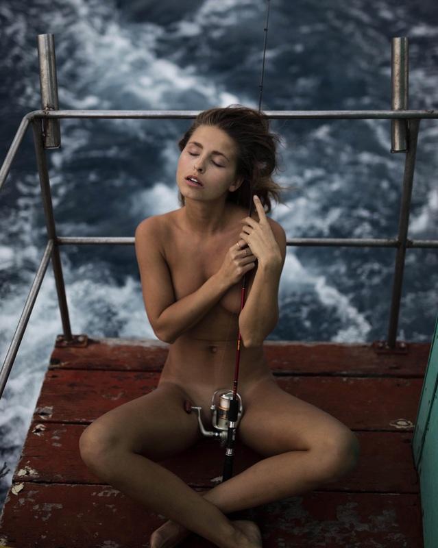 Marisa Papen, a coelhinha das fotos polémicas que já foi detida duas vezes