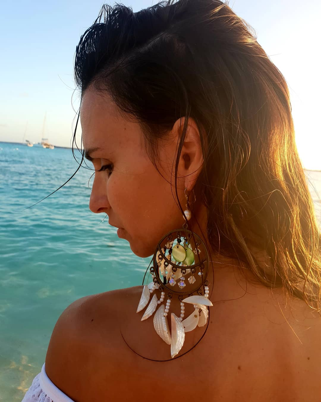Lúcia Garcia faz subir as temperaturas nas Bahamas