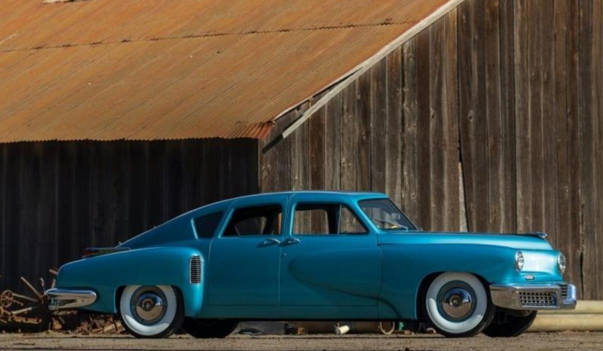 1,5 milhões de euros para ficar com um dos carros mais raros do mundo