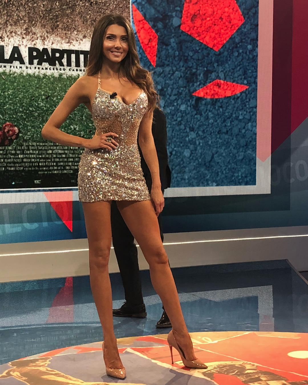 Manuela Ferrera faz promessa depois de receber mensagens de Cristiano Ronaldo