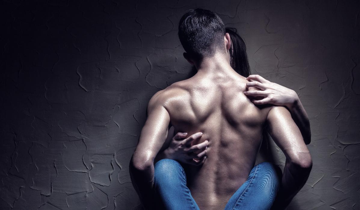 Novo contracetivo masculino aplica-se nos ombros