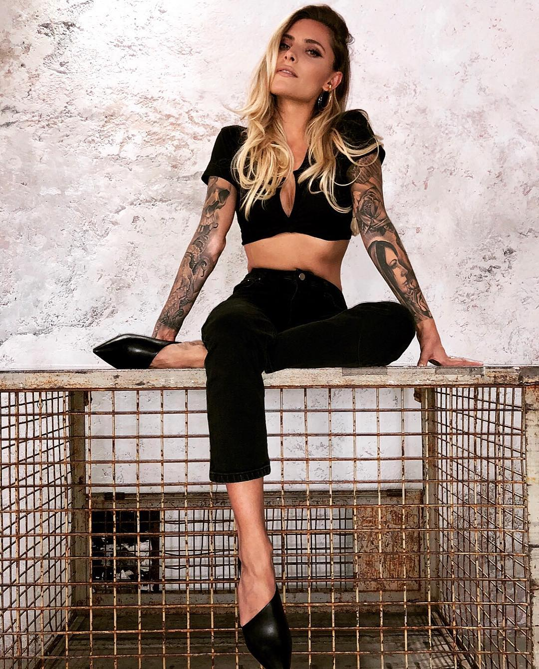"""Sophia Thomalla, a modelo com quem Loris Karius não quer dar """"frangos"""""""
