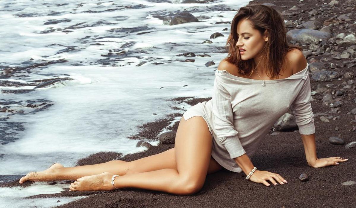 Joana Alvarenga apanhou frio na praia mas aqueceu os seguidores