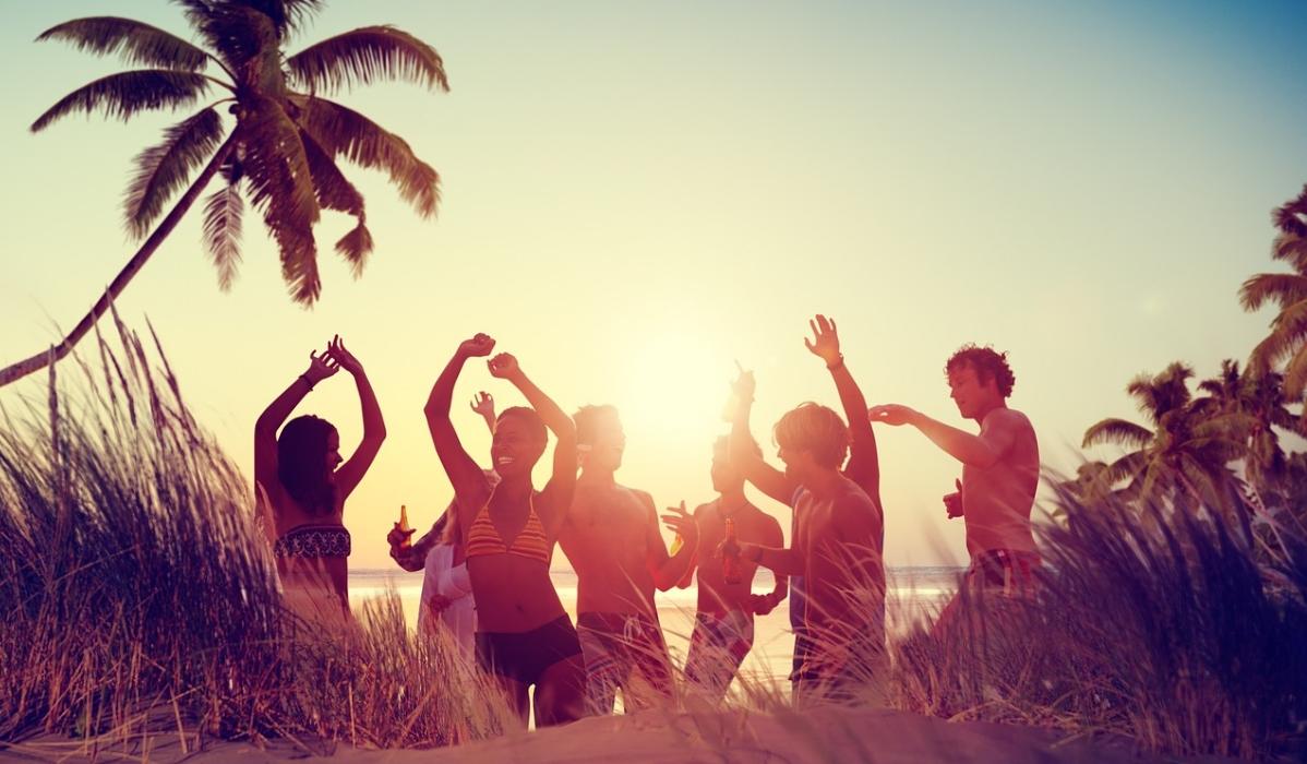 10 destinos ideais para solteiros à procura do amor